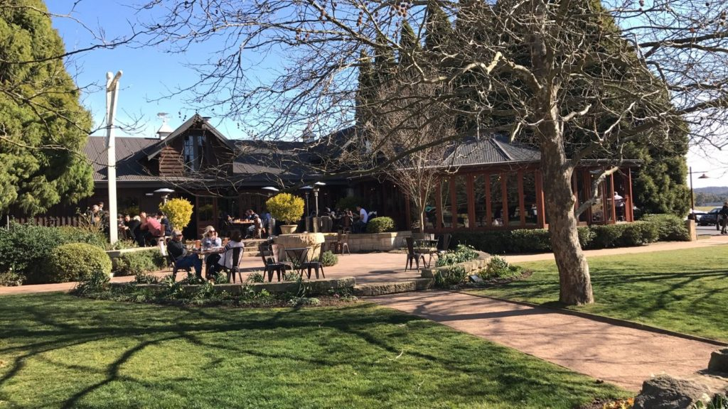 Southern Highlands Private Tour in a Winery