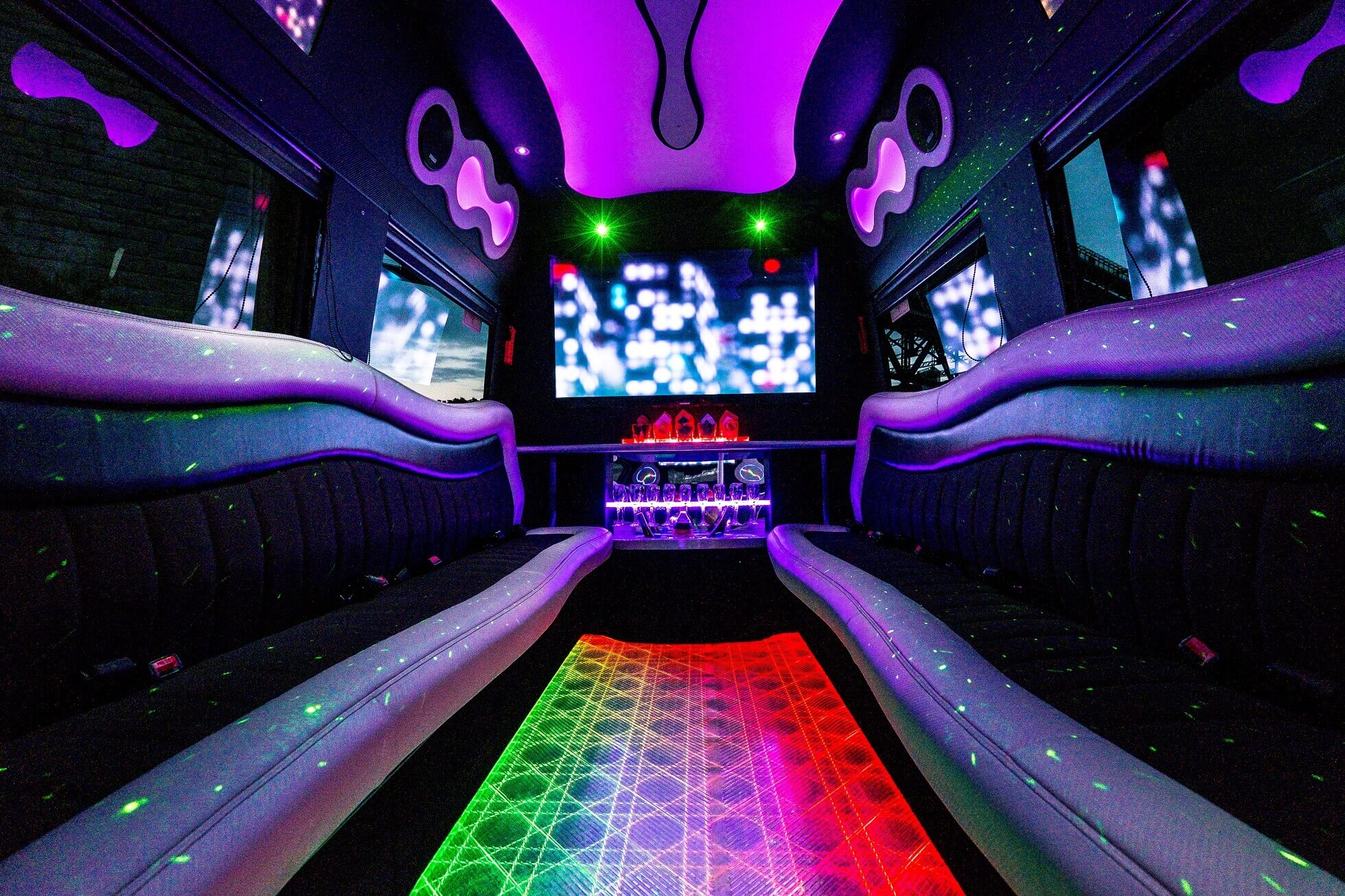 kids Party Bus, Teens Party Bus, Teens Party Limo, Kids Party Limo, sydney party limos, limo hire sydney, school formal limo hire, school formal party limo hire, party bus hire, party bus central coast, southern highlands winery tour, hunter valley transfer, hens party bus, hens party limo